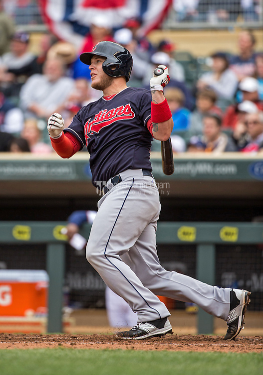MINNEAPOLIS, MN- APRIL 19: Roberto Perez #55 of the Cleveland Indians bats against the Minnesota Twins on April 19, 2015 at Target Field in Minneapolis, Minnesota. The Twins defeated the Indians 7-2. (Photo by Brace Hemmelgarn) *** Local Caption *** Roberto Perez