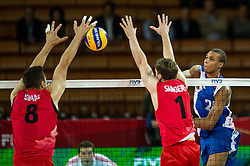 10.09.2014, Centennial Hall, Breslau, POL, FIVB WM, Kuba vs Kanada, 2. Runde, Gruppe F, im Bild Adam Simac canada #8 Tyler Sanders canada #1 Osmany Santiago Uriarte Mestre cuba #20 // Adam Simac canada #8 Tyler Sanders canada #1 Osmany Santiago Uriarte Mestre cuba #20 during the FIVB Volleyball Men's World Championships 2nd Round Pool F Match beween Cuba and Canada at the Centennial Hall in Breslau, Poland on 2014/09/10. EXPA Pictures © 2014, PhotoCredit: EXPA/ Newspix/ Sebastian Borowski<br /> <br /> *****ATTENTION - for AUT, SLO, CRO, SRB, BIH, MAZ, TUR, SUI, SWE only*****