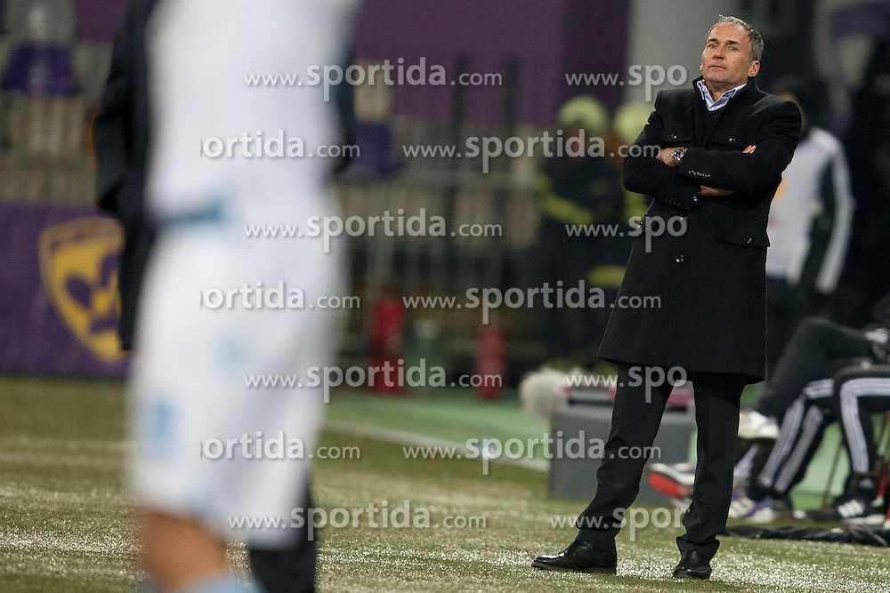 Darko Milanic, head coach of Maribor during football match between NK Maribor and S. S. Lazio Roma  (ITA) in 6th Round of Group Stage of UEFA Europa league 2013, on December 6, 2012 in Stadium Ljudski vrt, Maribor, Slovenia. (photo by Urban Urbanc / Sportida.com)