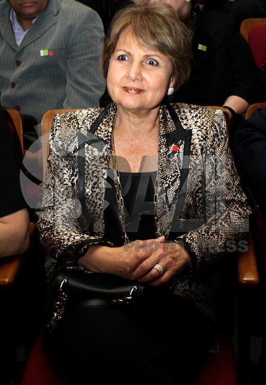 S&Atilde;O PAULO,SP,24 MAR&Ccedil;O 2011 - MICHEL TEMER POSSE ACADEMIA PAULISTA DE LETRAS.<br /> O vice-presidente da Rpublica ,Michel Temer,tomou posse na noite de ontem (24 -03) na cadeira n&ordm;6 da Academia Paulista de Letras Juridicas (APLJ) Temer ocupa a vaga deixada pelo senador Romeu Tuma.Na foto  a vice-prefeita  Alda FOTO ALE VIANNA/NEWS FREE