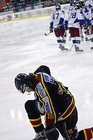 Ishockey, 15. mars 2005, Sluttspillet , Vålerenga - Trondheim, Vålerenga har scoret og Mark Bell, Trondheim depper