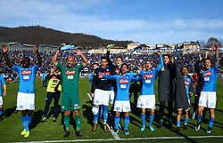 January 21, 2018 - Bergamo, Italy - Napoli players celebrate the victory  celebrate the victory at the end of the serie A match between Atalanta BC and SSC Napoli at Stadio Atleti Azzurri d'Italia on January 21, 2018 in Bergamo, Italy. (Credit Image: © Matteo Ciambelli/NurPhoto via ZUMA Press)