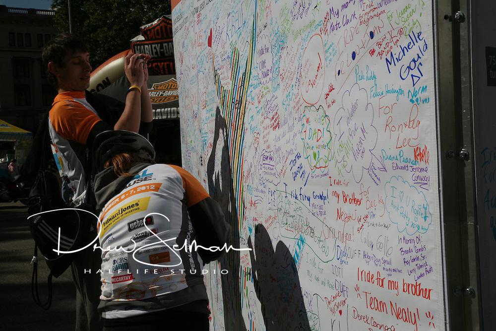 Pedal the Cause 2012.Veterans Memorial.St. Louis, MO.07-OCT-2012..Credit: Krystal Brewer / Halflife Studio
