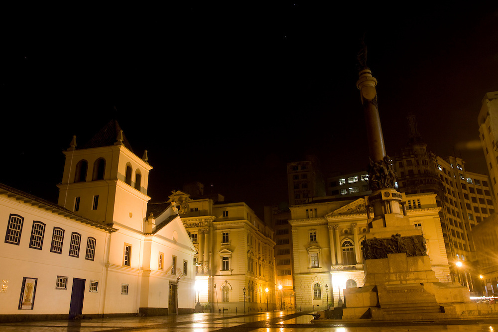 Sao Paulo_SP, Brasil...Patio do Colegio Jose de Anchieta na regiao central de Sao Paulo a noite...The  courtyard  of the Jose de Anchietain School in the central region of Sao Paulo at night...Foto: MARCUS DESIMONI /  NITRO
