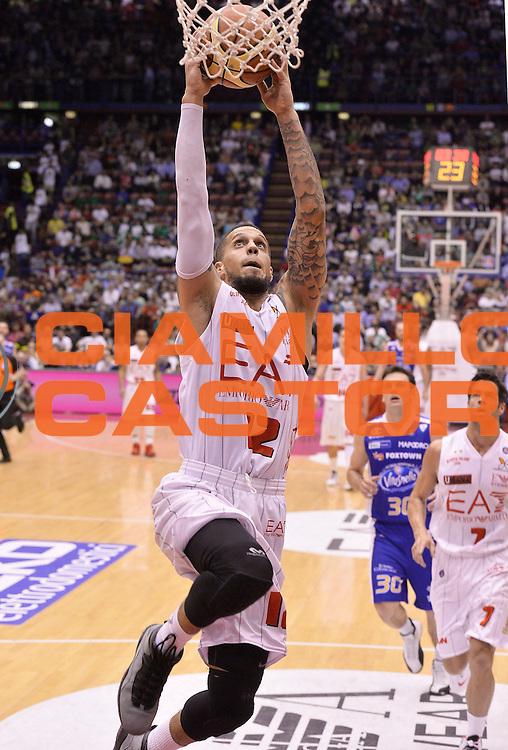 DESCRIZIONE : Milano Lega Basket Serie A 2013-2014 EA7 Emporio Armani Olimpia Milano - Acqua Vitasnella Cantu'<br /> GIOCATORE : Daniel Hackett<br /> CATEGORIA : schiacciata<br /> SQUADRA : EA7 Emporio Armani Olimpia Milano<br /> EVENTO : Campionato Lega Basket Serie A 2013-2014<br /> GARA : EA7 Emporio Armani Olimpia Milano - Acqua Vitasnella Cantu'<br /> DATA : 06/04/2014 <br /> SPORT : Pallacanestro <br /> AUTORE : Agenzia Ciamillo-Castoria/R.Morgano<br /> Galleria : Lega Basket Serie A 2013-2014