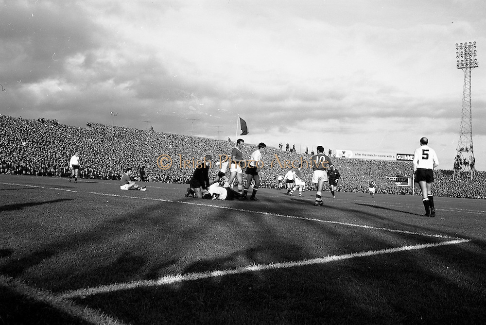 13/10/1963<br /> 10/13/1963<br /> Ireland v Austria, European Championship match at Dalymount Park, Dublin. Ireland won the game 3-2.