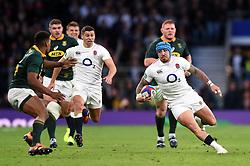 Jack Nowell of England goes on the attack - Mandatory byline: Patrick Khachfe/JMP - 07966 386802 - 03/11/2018 - RUGBY UNION - Twickenham Stadium - London, England - England v South Africa - Quilter International