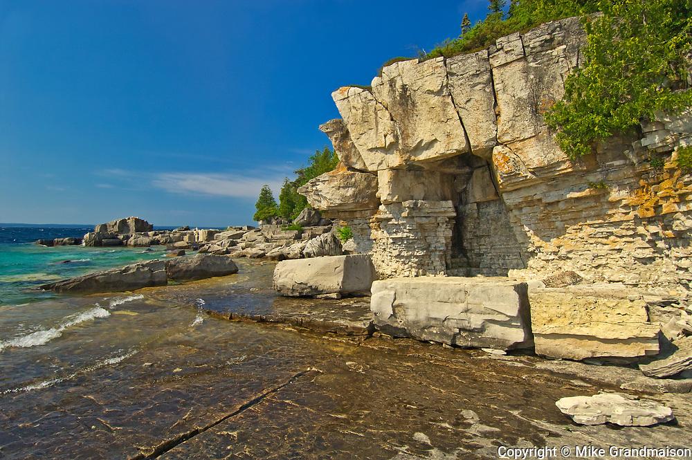 Limetsone rock along Georgian Bay (Lake Huron). Bruce Peninsula.<br />Fathom Five National Marine Park<br />Ontario<br />Canada
