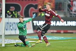 17.02.2013, easyCredit Stadion, Nuernberg, GER, 1. FBL, 1. FC Nuernberg vs Hannover 96, 22. Runde, im Bild Sebastian POLTER (1.FC Nuernberg/ rechts) erziehlt in der Nachspielzeit das Tor zum 2:2. Ron-Robert ZIELER (Hannover 96/ links) kann dem Ball nur noch hinterher sehen. Action / Aktion // during the German Bundesliga 22th round match between 1. FC Nuernberg and Hannover 96 at the easyCredit Stadium, Nuernberg, Germany on 2013/02/17. EXPA Pictures © 2013, PhotoCredit: EXPA/ Eibner/ Matthias Merz..***** ATTENTION - OUT OF GER *****