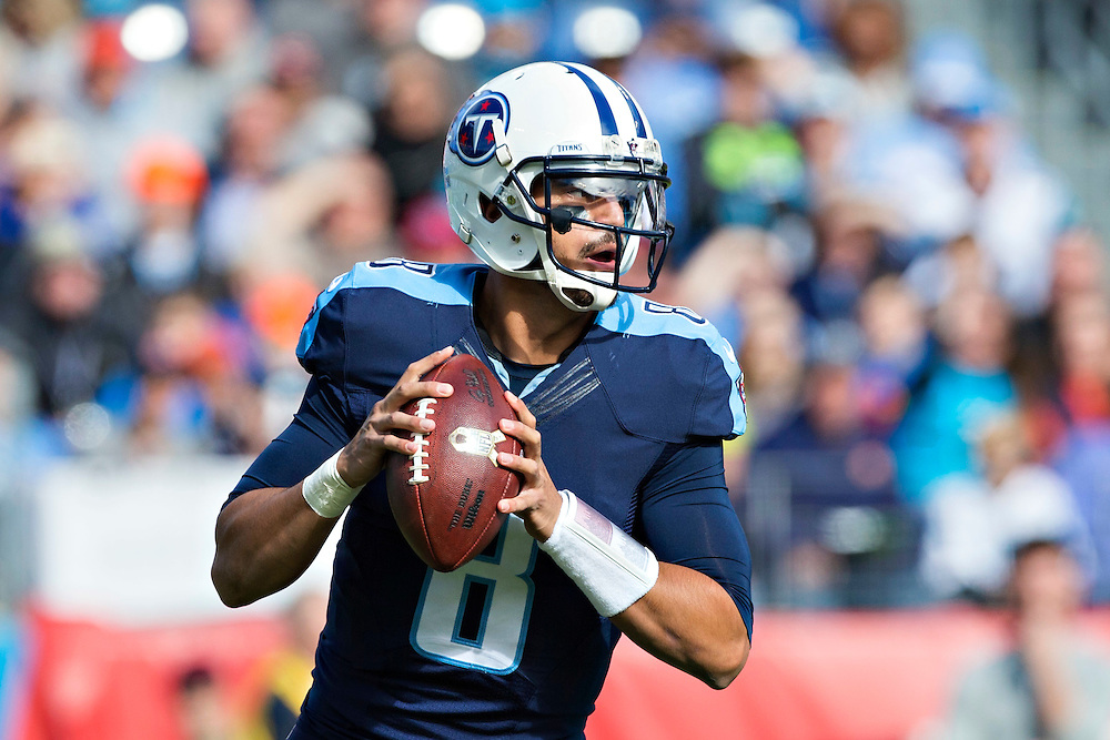 NASHVILLE, TN - NOVEMBER 15:  Marcus Mariota #8 of the Tennessee Titans drops back to pass during a game against the Carolina Panthers at Nissan Stadium on November 15, 2015 in Nashville, Tennessee.  (Photo by Wesley Hitt/Getty Images) *** Local Caption *** Marcus Mariota