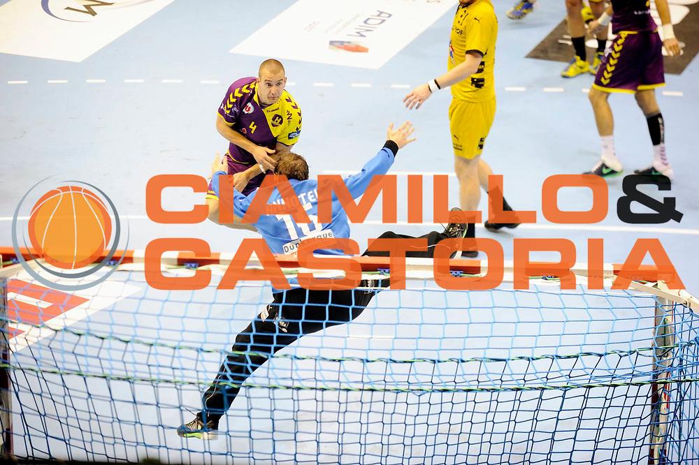 DESCRIZIONE : Handball Homme D1 Championnat de France <br /> GIOCATORE : Stephan VUJIC Annotel William<br /> SQUADRA : Nantes<br /> EVENTO : D1<br /> GARA : Nantes Dunkerque<br /> DATA : 09 10 2013<br /> CATEGORIA : Handball Homme<br /> SPORT : Handball<br /> AUTORE : JF Molliere <br /> GALLERIA : France Hand 2013-2014 Action<br /> FOTONOZIA : Hand <br /> Predefinita :