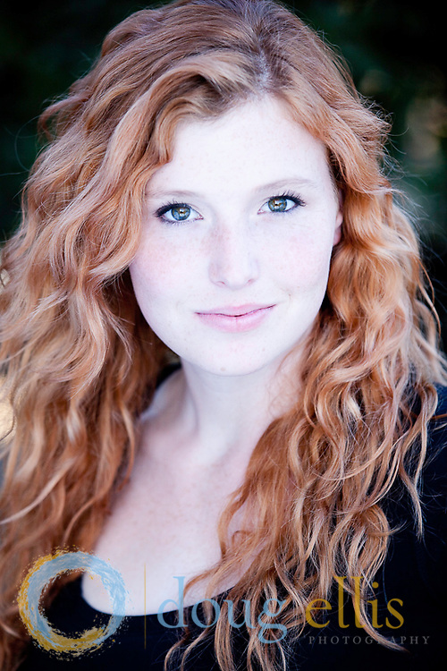 Actress headshots for Tarah Pollock