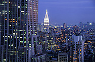 New York. elevated view. empire state building panorama and MET LIFE ON 23rd street  New york  United States /  empire state building panorama and MET LIFE ON 23rd street  New york  Etats unis
