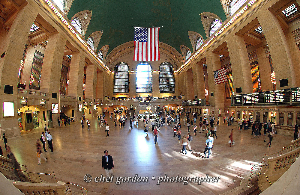 Passengers on the main concourse in Grand Central Terminal in New York, NY on Monday, September 24, 2007.