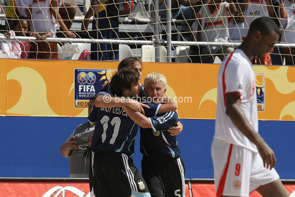Footbal-FIFA Beach Soccer World Cup 2006 -  Oficial Games BHR x ARG - Hilaire celebrate the victory agains Bahrain- Brazil - 04/11/2006.<br />
