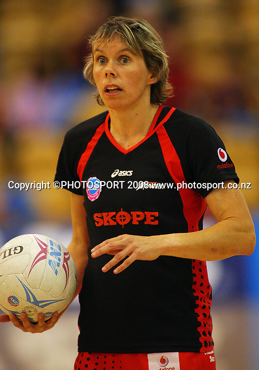 Tactix captain Julie Seymour warms up.<br /> ANZ Netball Championship. Central Pulse v Canterbury Tactix, Arena Manawatu, Palmerston North. Saturday, 17 May 2008. Photo: Dave Lintott/PHOTOSPORT