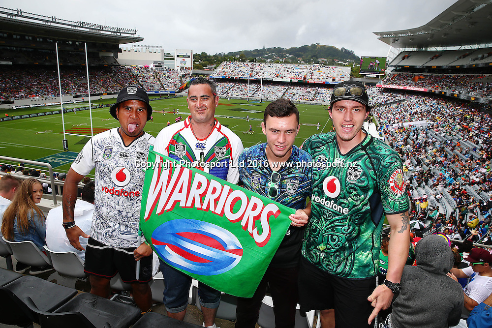 Fans enjoying the atmosphere y 1 of the NRL Auckland Nines Rugby League Tournament, Eden Park, Auckland, New Zealand. Saturday 6 February 2016. Photo: Anthony Au-Yeung / www.photosport.nz