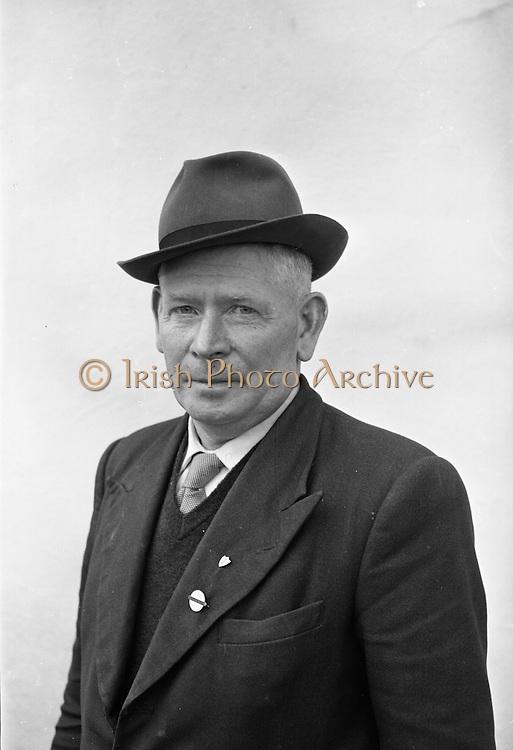 Farm Animals and People in Kanturk, Co. Cork and Castleisland, Co. Kerry.  J.J. Murphy, Kanturk. J.J. Murphy..10.09.1965