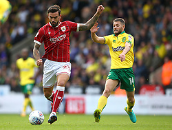 Marlon Pack of Bristol City goes past Wesley Hoolahan of Norwich City - Mandatory by-line: Robbie Stephenson/JMP - 23/09/2017 - FOOTBALL - Carrow Road - Norwich, England - Norwich City v Bristol City - Sky Bet Championship