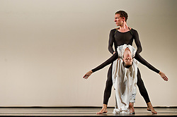 © Licensed to London News Pictures. 05/10/2011. London, UK. Antic Meet, by visionary choreographer Merce Cunningham, performed one last time in the UK by the company he personally trained.Picture shows Daniel Madoff & Jennifer Goggans. Photo credit : Tony Nandi/LNP