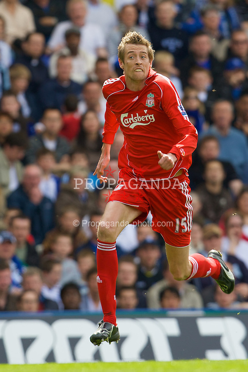 BIRMINGHAM, ENGLAND - Saturday, April 26, 2008: Liverpool's Peter Crouch in action against Birmingham City during the Premiership match at St Andrews. (Photo by David Rawcliffe/Propaganda)