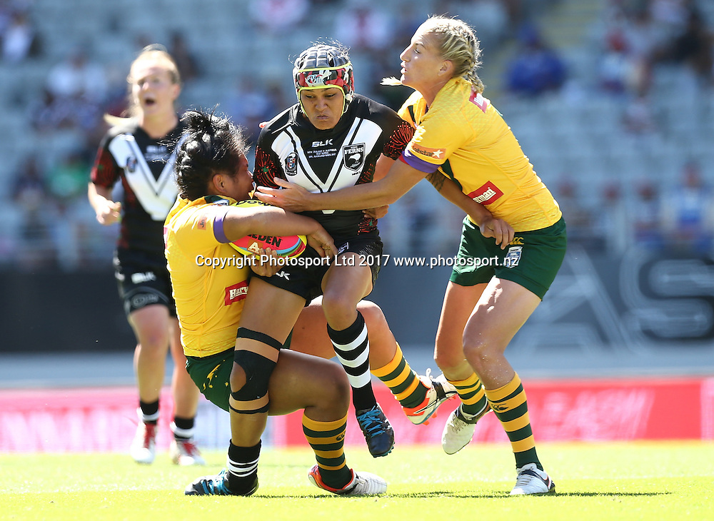 Nora Maaka of the Kiwi Ferns in the Downer NRL Auckland Rugby League Nines match, Eden Park, Auckland, New Zealand, Saturday, February 04, 2017. Copyright photo: David Rowland / www.photosport.nz