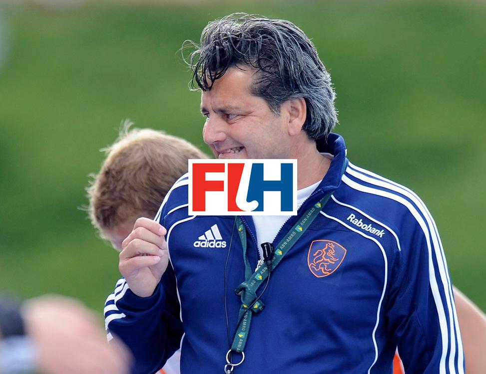 Monchengladbach - Champions Trophy men<br /> England vs Netherlands 4-3<br /> foto: Paul van Ass niet happy met de opgelopen achterstand<br /> FFU Press Agency  COPYRIGHT Frank Uijlenbroek