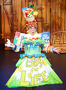 Dick Whittington <br /> at New Wimbledon Theatre, Wimbledon, London, Great Britain <br /> rehearsal <br /> 8th December 2016 <br /> <br /> <br /> Matthew Kelly as Sarah the Cook <br /> <br /> <br /> Photograph by Elliott Franks <br /> Image licensed to Elliott Franks Photography Services
