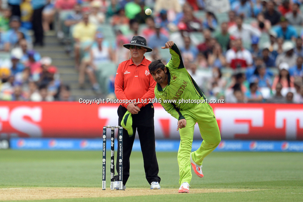 Pakistan bowler Sohail Harris into his bowling stride during the ICC Cricket World Cup match between India and Pakistan at Adelaide Oval in Adelaide, Australia. Sunday 15 February 2015. Copyright Photo: Raghavan Venugopal / www.photosport.co.nz