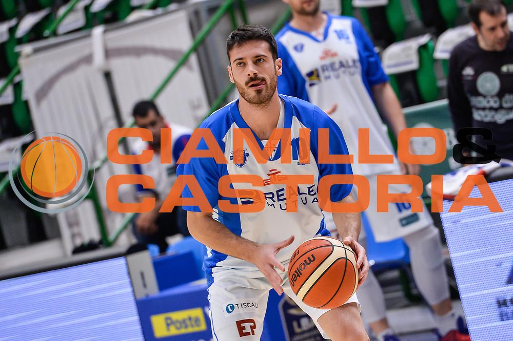 Lorenzo D'Ercole<br /> Banco di Sardegna Dinamo Sassari - Dolomiti Energia Aquila Basket Trento<br /> Legabasket Serie A LBA Poste Mobile 2016/2017<br /> Playoff Quarti Gara3<br /> Sassari 16/05/2017<br /> Foto Ciamillo-Castoria