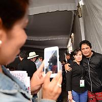 Metepec, México.- Luis Álvarez, voz y guitarra, voz y guitarra del grupo Haragan, participo en la clausura de la Semana de Prevención del Delito que se realizo en Metepec, con estudiantes.  Agencia MVT / Crisanta Espinosa