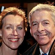 NLD/Amsterdam/20110315 - Inloop Boekenbal 2011, Ronald Plasterk en partner Els Beumer