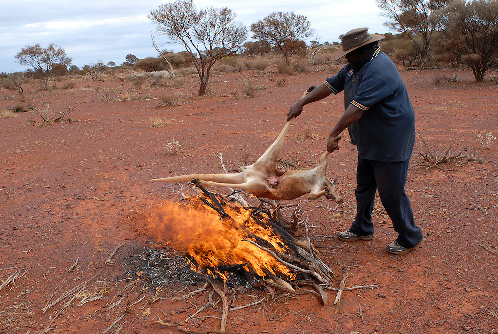 Bush Tucker, Kangaroo shoot - Local Aboriginal men, Isaac Green and Bradley Stokes, shoot roos for a feast at a Laverton sporting event. 09 September 2006