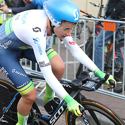 09-04-2016: Wielrennen: Energiewachttour vrouwen: Roden<br />LEEK (NED) wielrennen<br />De vijfde etappe van de Energiewachttour was een individuele tijdrit met start en finish in Leek. Annemiek van Vleuten reed een sterke tijdrit en werd tweede achter Ellen van Dijk