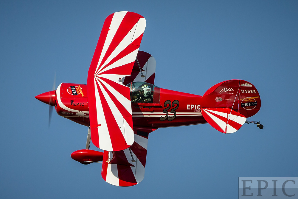 RENO, NV - SEPTEMBER 15: Anthony Oshinuga flies the #33 biplane during a heat at the Reno Championship Air Races on September 15, 2017 in Reno, Nevada. (Photo by Jonathan Devich/Getty Images) *** Local Caption *** Anthony Oshinuga
