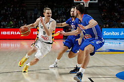 13.09.2014, City Arena, Madrid, ESP, FIBA WM, Frankreich und Litauen, Entscheidungsspiel zwischen Platz 3 und 4, im Bild France´s Fournier and Lauvergne and Lithuania´s Seibutis // during FIBA Basketball World Cup Spain 2014 playoff match place 3 and 4 between France and Lithuania at the City Arena in Madrid, Spain on 2014/09/13. EXPA Pictures © 2014, PhotoCredit: EXPA/ Alterphotos/ Victor Blanco<br /> <br /> *****ATTENTION - OUT of ESP, SUI*****
