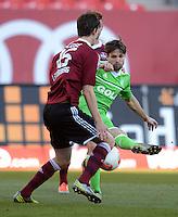 FUSSBALL   1. BUNDESLIGA  SAISON 2012/2013   10. Spieltag 1. FC Nuernberg - VfL Wolfsburg      03.11.2012 Timm Klose (li, 1 FC Nuernberg) gegen Diego (VfL Wolfsburg)
