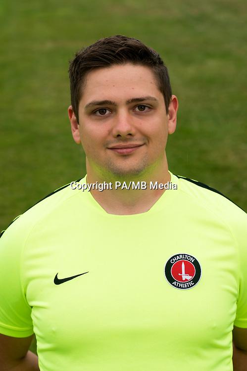 Johnny Dixon, Charlton Athletic