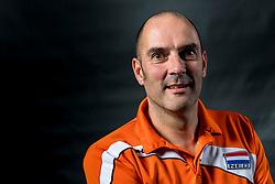 22-09-2017 NED: Portret zitvolleybalsters Oranje 2017-2018, Leersum<br /> Nederland bereidt zich voor op het komende EK zitvolleybal / Coach Pim Scherpenzeel