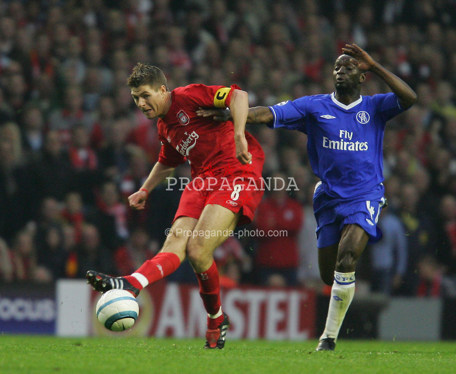 LIVERPOOL, ENGLAND. TUESDAY, MAY 3rd, 2005: Liverpool's Steven Gerrard and Chelsea's William Gallas during the UEFA Champions League Semi Final 2nd Leg at Anfield. (Pic by David Rawcliffe/Propaganda)