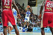 DESCRIZIONE : Campionato 2014/15 Dinamo Banco di Sardegna Sassari - Victoria Libertas Consultinvest Pesaro<br /> GIOCATORE : Edgar Sosa<br /> CATEGORIA : Tiro Tre Punti<br /> SQUADRA : Dinamo Banco di Sardegna Sassari<br /> EVENTO : LegaBasket Serie A Beko 2014/2015<br /> GARA : Dinamo Banco di Sardegna Sassari - Victoria Libertas Consultinvest Pesaro<br /> DATA : 17/11/2014<br /> SPORT : Pallacanestro <br /> AUTORE : Agenzia Ciamillo-Castoria / M.Turrini<br /> Galleria : LegaBasket Serie A Beko 2014/2015<br /> Fotonotizia : Campionato 2014/15 Dinamo Banco di Sardegna Sassari - Victoria Libertas Consultinvest Pesaro<br /> Predefinita :