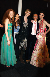 Left to right, LILY COLE, ELIZABETH JAGGER, JADE PARFITT, MATTHEW WILLIAMSON, ERIN O'CONNOR at the Moet & Chandon Fashion Tribute 2005 to Matthew Williamson, held at Old Billingsgate, City of London on 16th February 2005.<br />