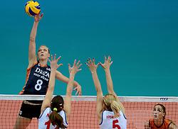 01-10-2014 ITA: World Championship Volleyball Servie - Nederland, Verona<br /> Nederland verliest met 3-0 van Servie em is uitgeschakeld voor de final 6 / Judith Pietersen en het blok van Jelena Nikolic, Natasa Krsmanovic