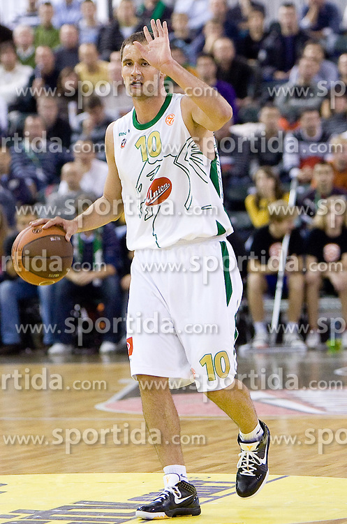 Dusan Djordjevic (10) of Olimpija at Group C of Euroleague basketball match between KK Union Olimpija, Slovenia and Caja Laboral, Spain, on November 5, 2009, in Arena Tivoli, Ljubljana, Slovenia.  (Photo by Vid Ponikvar / Sportida)