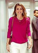 Queen Rania Meets Challenge Cup Participants