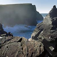 Cliffs of Valentia Island, County Kerry, Ireland / vl092