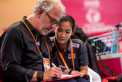 07-07-2017 NED: World Grand Prix Japan - Thailand, Apeldoorn<br /> Second match of first weekend of group C during the World Grand Prix / John Stubbe and manager Thailand