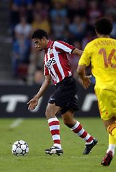 12-09-2006 VOETBAL: CHAMPIONS LEAGUE: PSV - LIVERPOOL: EINDHOVEN<br /> PSV en Liverpool eindigt zoals ze begonnen zijn 0-0 / Michael Reiziger<br /> ©2006-WWW.FOTOHOOGENDOORN.NL