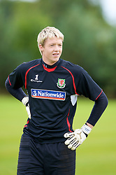 WREXHAM, WALES - Monday, August 18, 2008: Wales' goalkeeper Wayne Hennessey training at Colliers Park ahead of their UEFA European U21 Championship Group 10 Qualifying match against Romania. (Photo by David Rawcliffe/Propaganda)