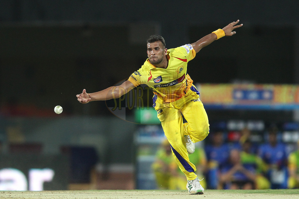 Ishwar Pandey of Chennai Super Kings fails to reach the return catch during match 37 of the Pepsi IPL 2015 (Indian Premier League) between The Chennai Superkings and The Royal Challengers Bangalore held at the M. A. Chidambaram Stadium, Chennai Stadium in Chennai, India on the 4th May April 2015.<br /> <br /> Photo by:  Shaun Roy / SPORTZPICS / IPL